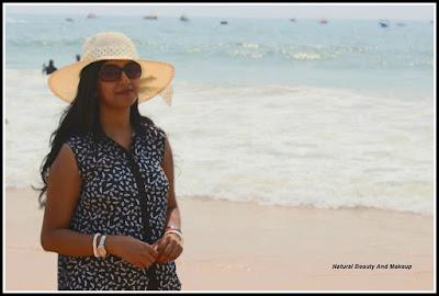 blogger anamika at calangute beach