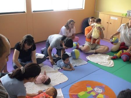V deos sobre ejercicios y consejos de estimulaci n temprana blog atendiendo necesidades - Estimulacion bebe 3 meses ...