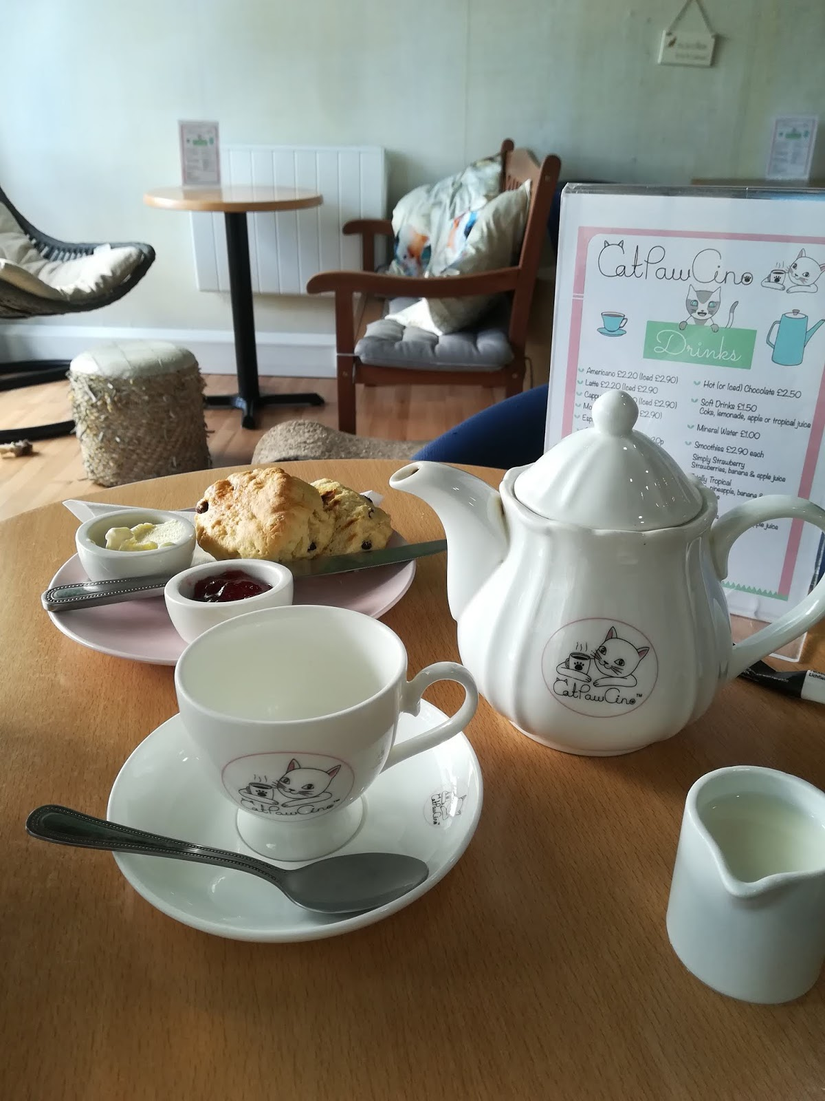 CatPawCino | Visiting a Cat Café in Newcastle with Kids - scones and tea