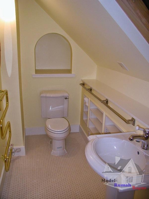 Penataan Ruang Bawah Tangga secara Service ~ Desain Rumah