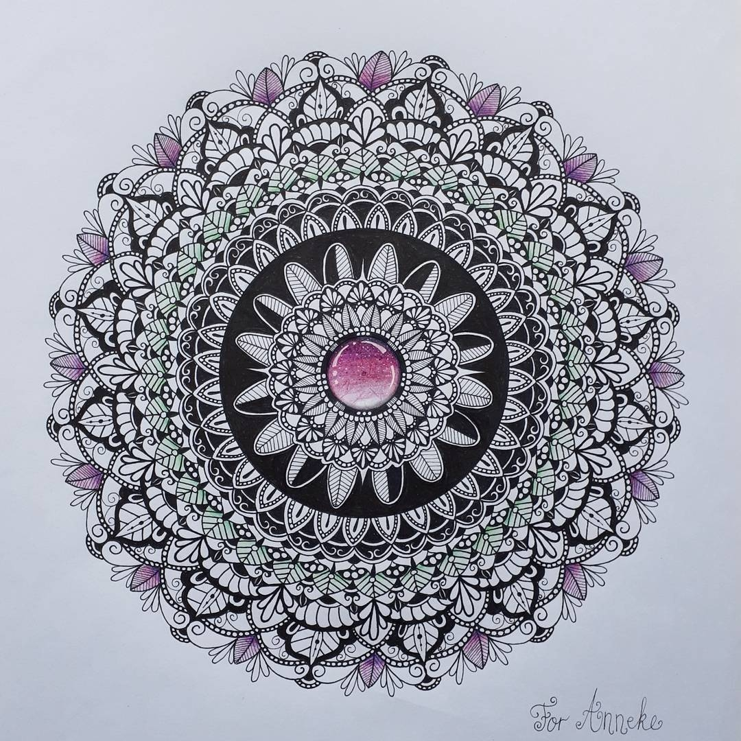 08-Alison-Hand-Drawn-Mandala-Illustration-www-designstack-co