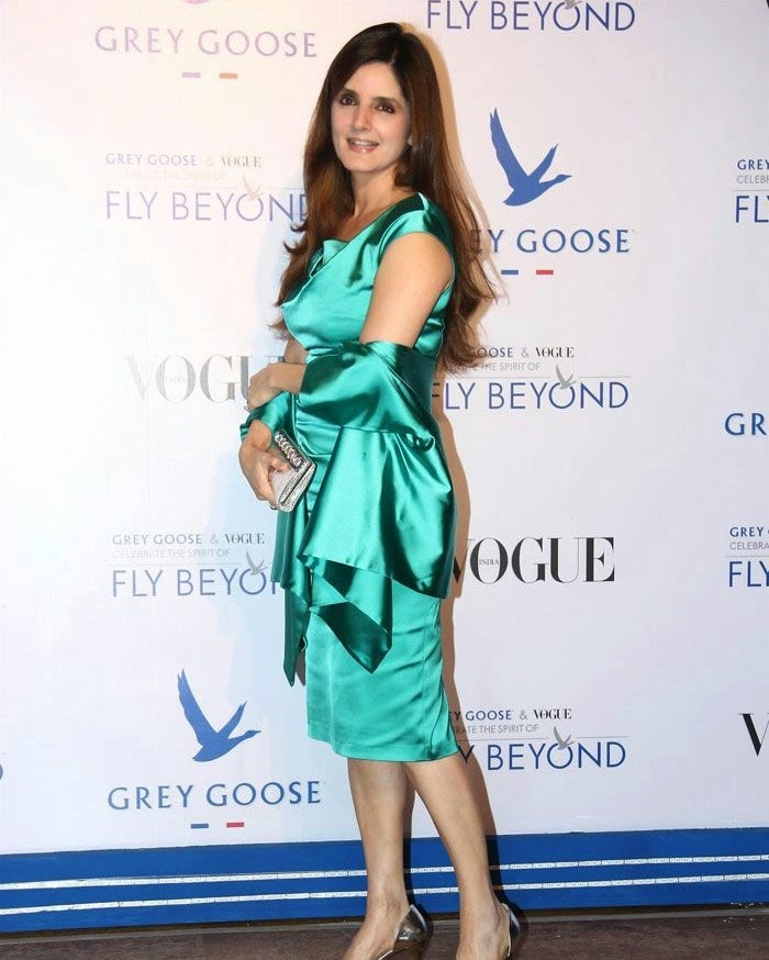 Simone Khan, Pics from Red Carpet of Grey Goose & Vogue's Fly Beyond Awards 2014