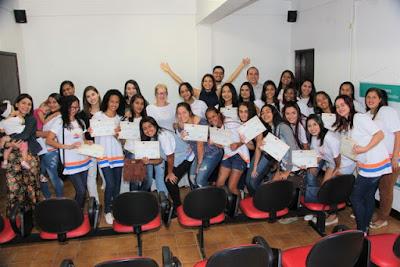 Fundo Social de Juquiá forma 31 alunas do Polo Regional da Escola de Beleza