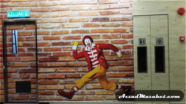 McDonald's Putrajaya Drive-Thru_Ronald_Running