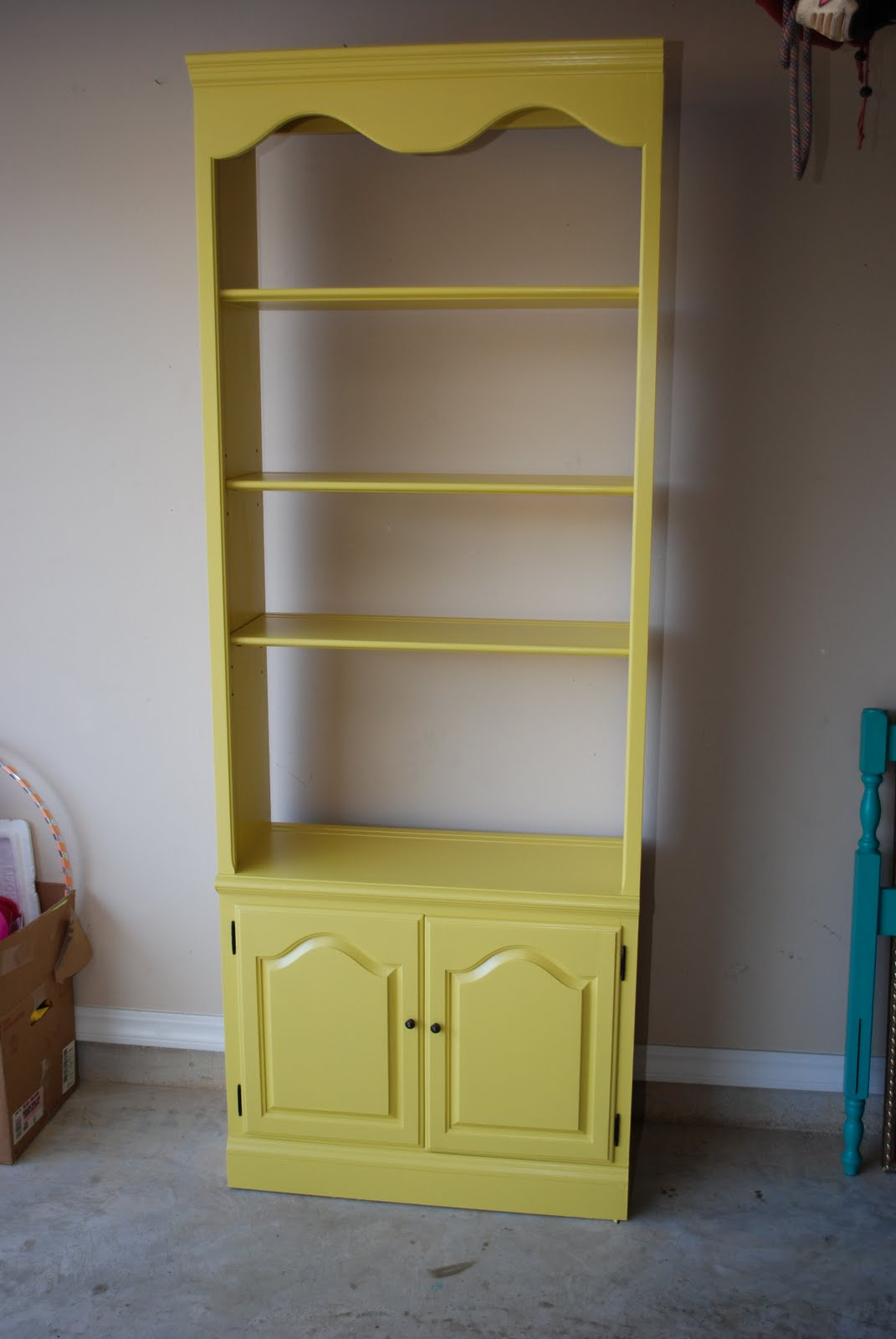 It S All In The Details Bookshelf Refinish