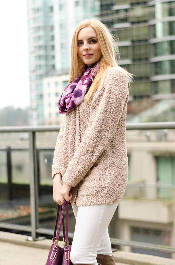 the urban umbrella style blog, vancouver style blog, vancouver fashion blog, vancouver lifestyle blog, vancouver health blog, vancouver fitness blog, vancouver travel blog, canadian fashion blog, canadian style blog, canadian lifestyle blog, canadian health blog, canadian fitness blog, canadian travel blog, bree aylwin, how to style skinny jeans, how to style white denim in winter, floral print scarf, american eagle jeans, material girl sweater, aldo leather boots, winter layering tips, what to wear in winter, best fashion blogs, best style blogs, best lifestyle blogs, best fitness blogs, best health blogs, best travel blogs, top fashion blogs, top style blogs, top lifestyle blogs, top fitness blogs, top health blogs, top travel blogs