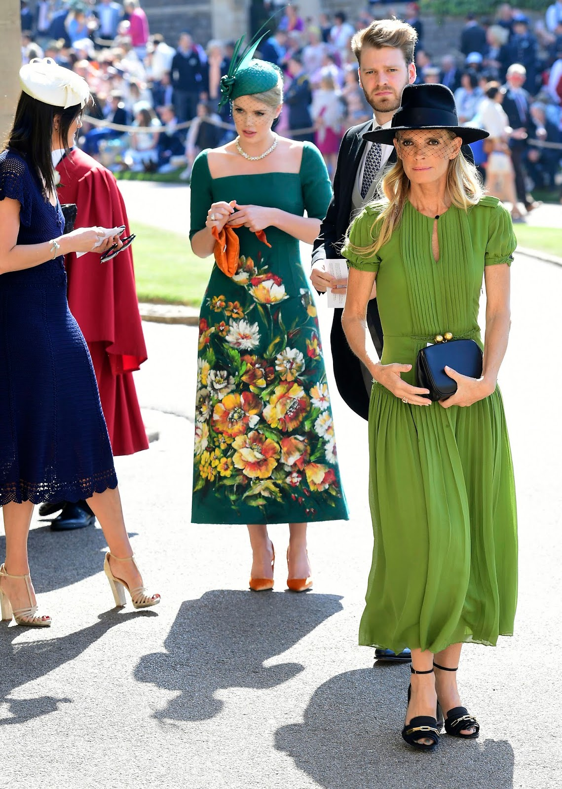 Lady Kitty Spencer (Left), her mother Victoria (Front), brother Louis (Behind right)
