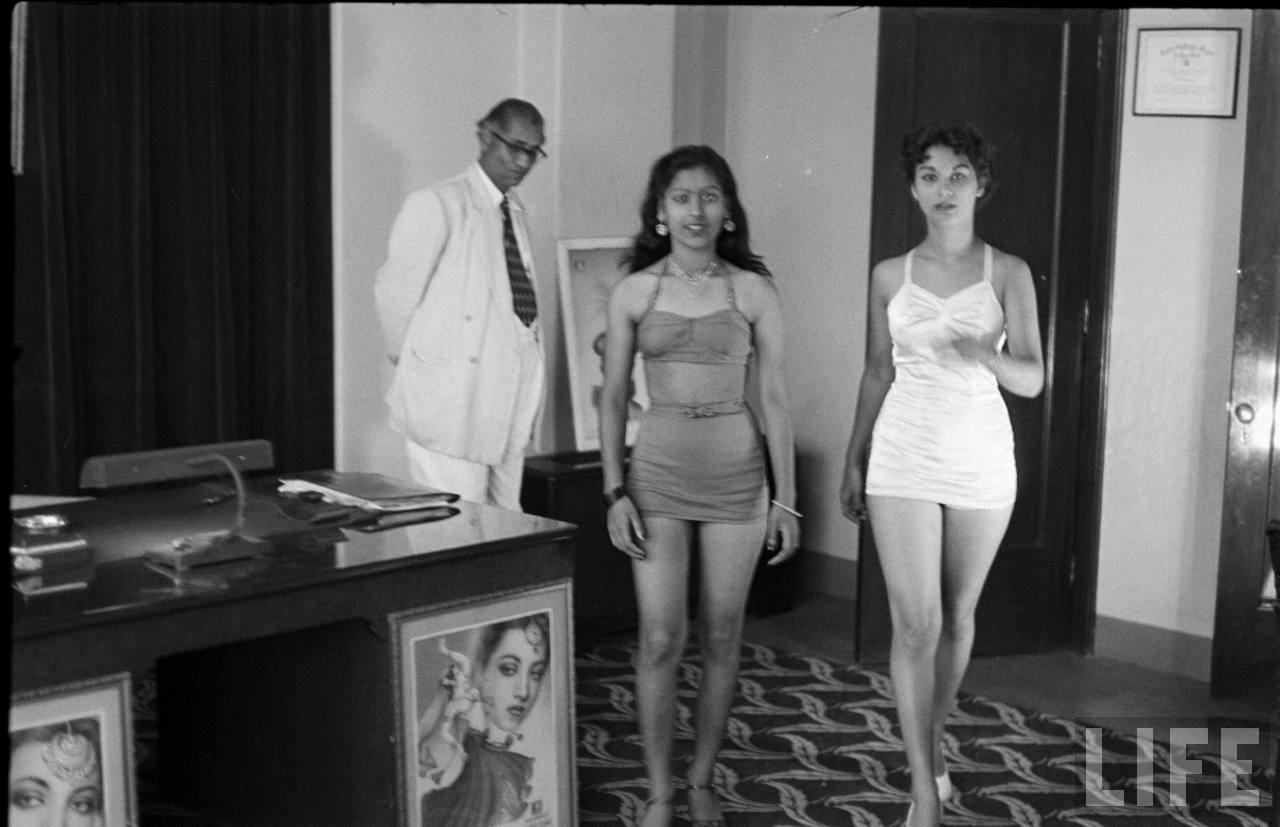 Vintage Pictures Of Casting Couch In Bollywood Spicx