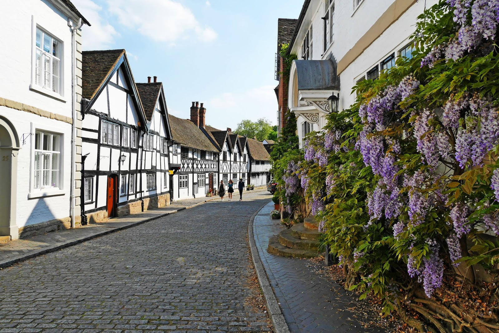 Pretty street in Warwick, UK