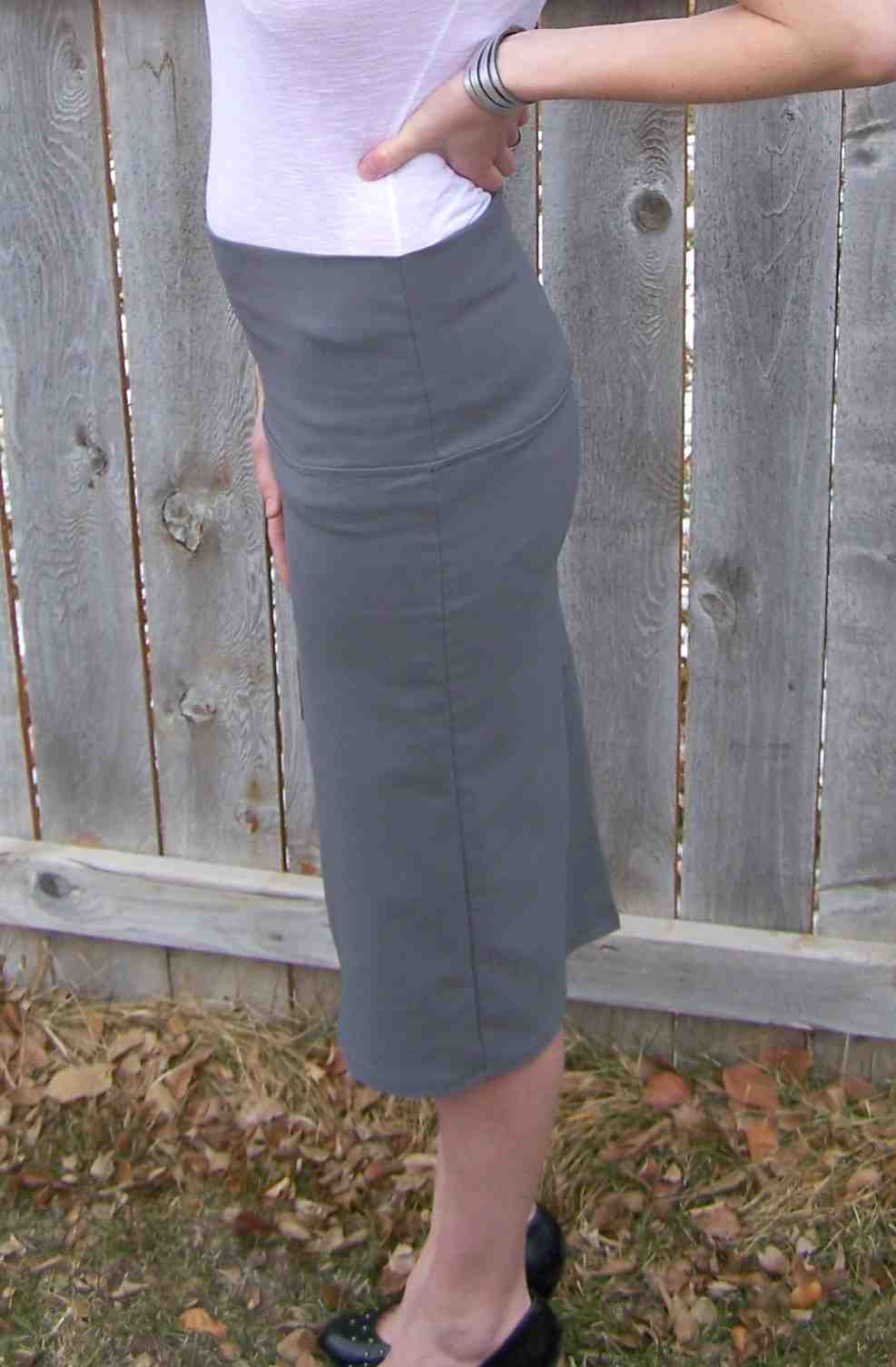 80a5c59c4c Made by Me. Shared with you.: A Pencil Skirt, and My New Favorite Fabric