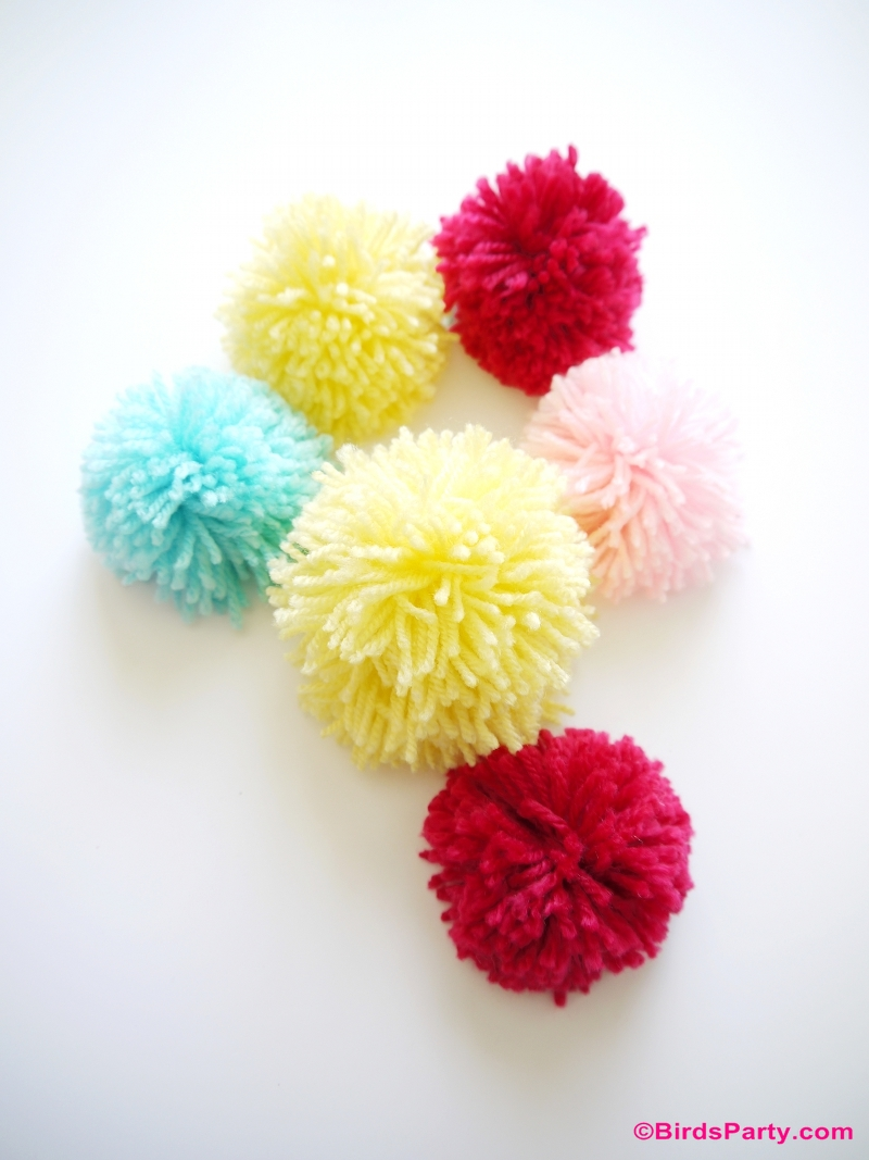 Easy DIY Pompom Gift Kids Can Craft For Mom
