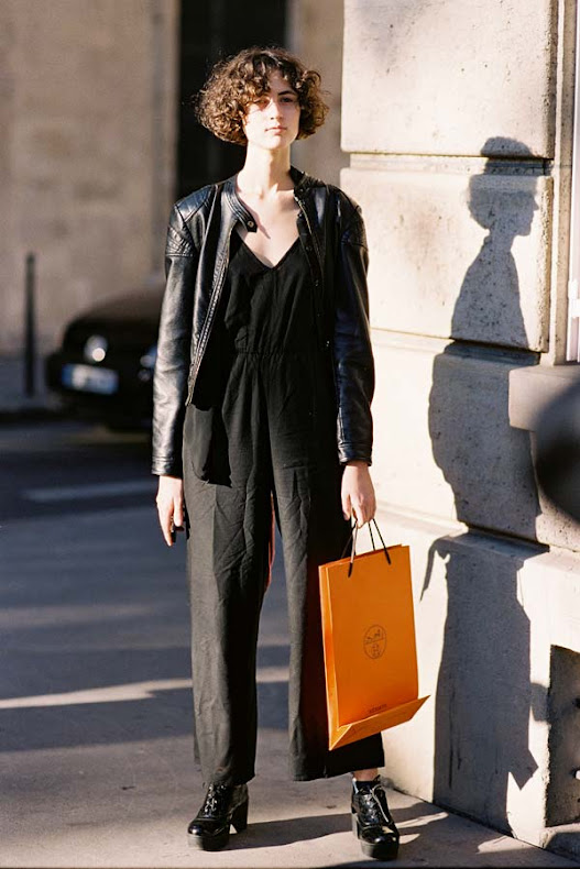 Leila-Zandonai-Street-style-at-Paris-Fashion-Week-Spring-Summer-2017