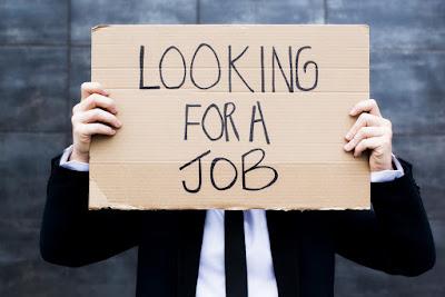 Pengangguran diartikan sebagai seseorang yang masuk dalam angkatan kerja  Dampak Buruk Pengangguran