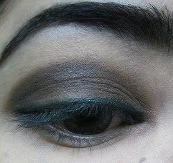smokey Eye makeup picture tutorial