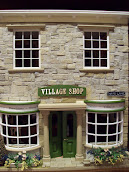 Village Shop Dollshouse