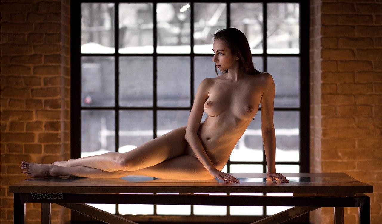 Hot sexy nude asian milf