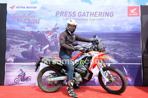 CRF 250 Rally Mengaspal di Sumatera Selatan