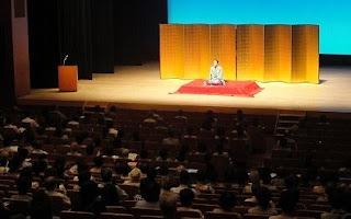 三遊亭楽春の健康講演会「笑いは健康の良薬、笑いの効果で免疫力向上」