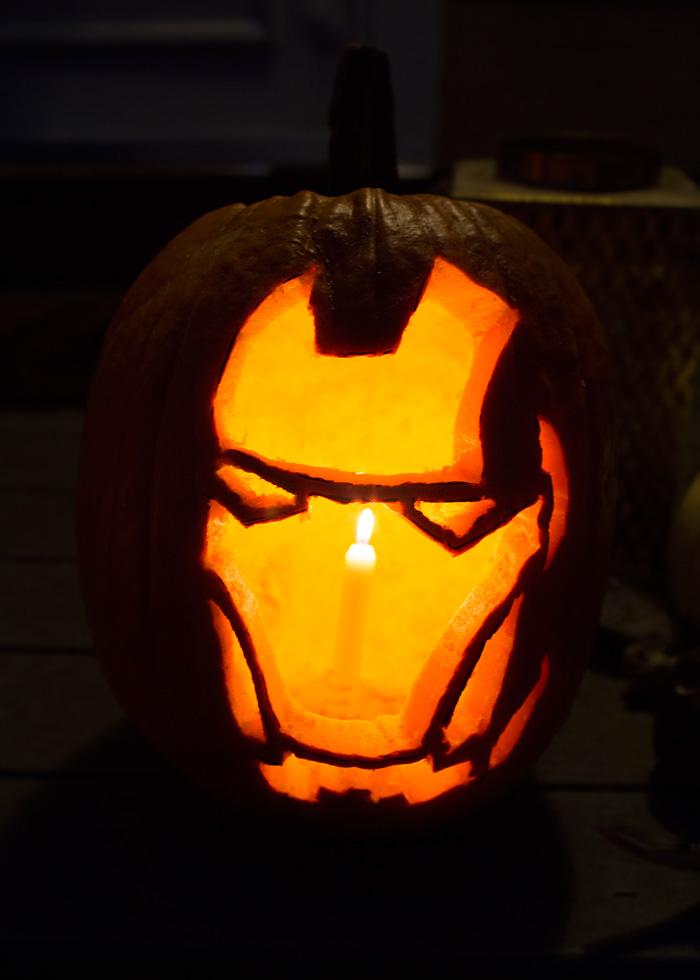 Trick-or-Treat Halloween Mantel