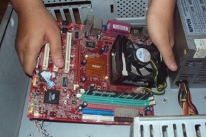 Cara Memasang Motherboard ke Case PC