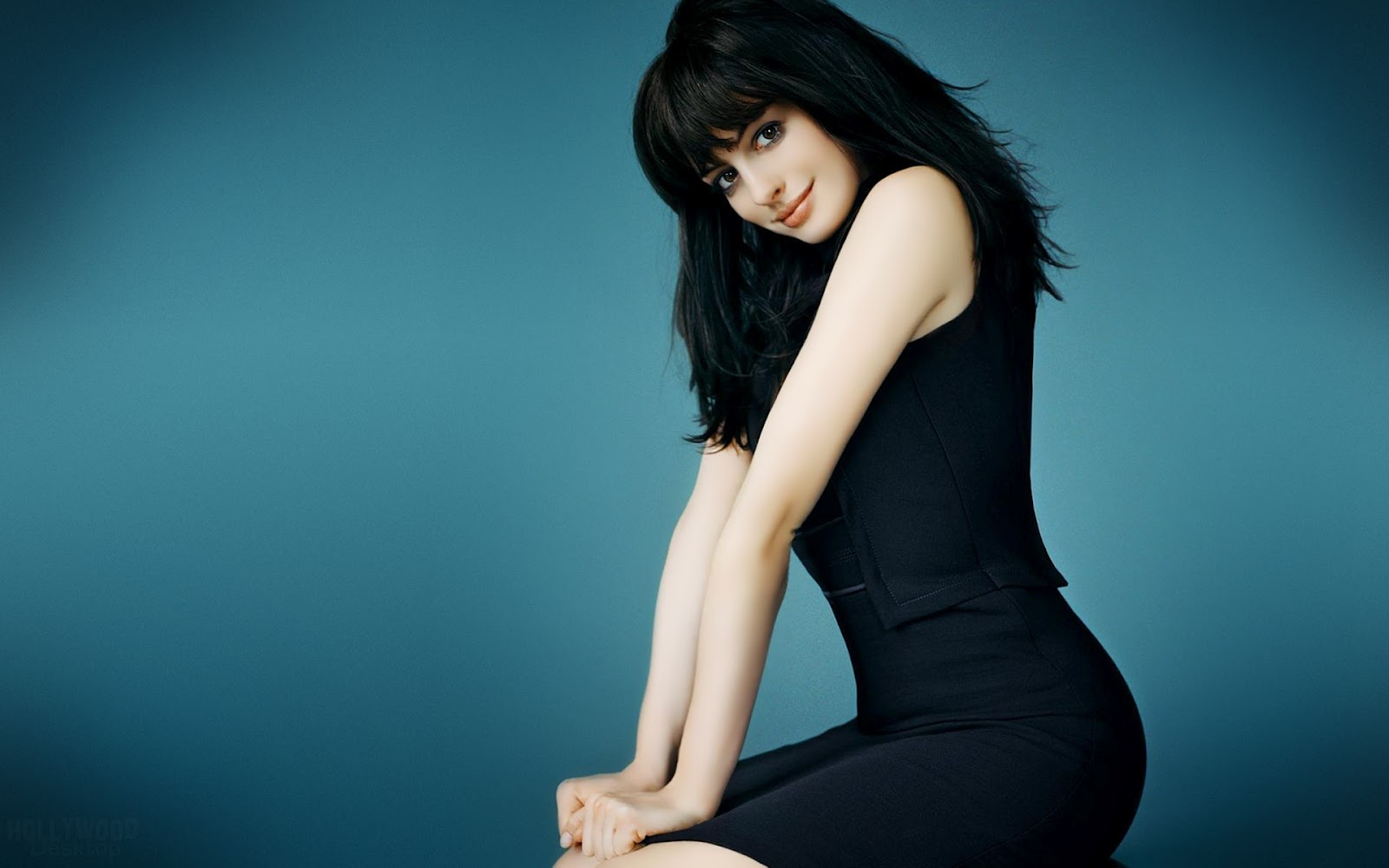 Hot Stars Celebrity Pictures: Anne Hathaway Hot