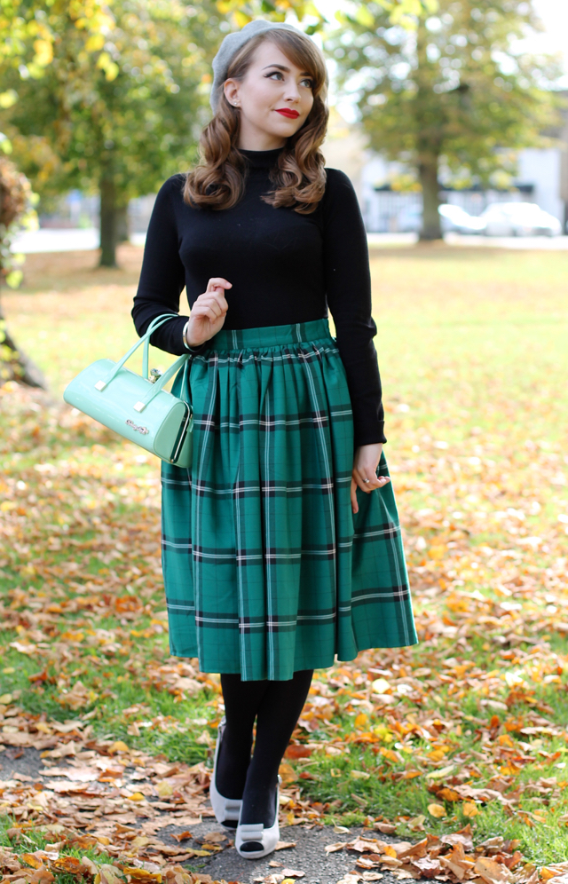 Bright & Beautiful Tova Turtle Neck and Collectif Jasmine Evergreen Check Skirt review