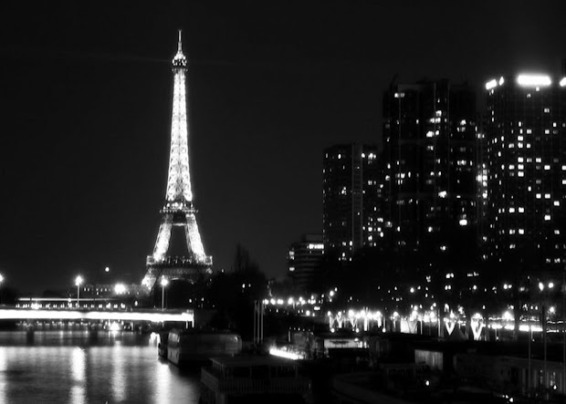 Paris Night Wallpaper