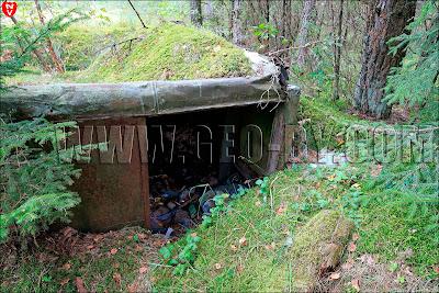 Закопанный военный кунг