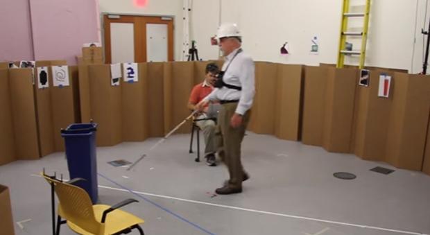 Sistema permite que deficientes visuais andem sem usar bengala