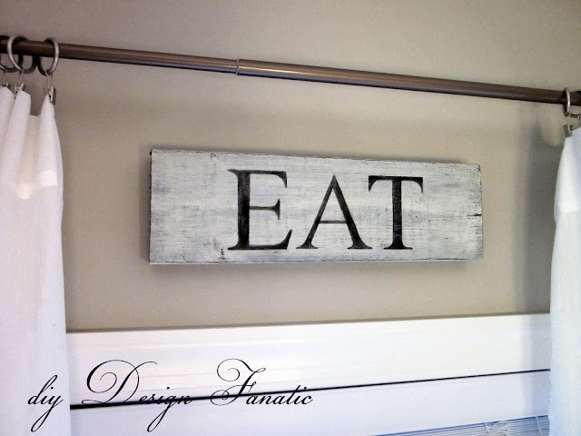 wood sign, moss urn, stool, cottage, cottage style, farmhouse, farmhouse style, diyDesignFanatic.com