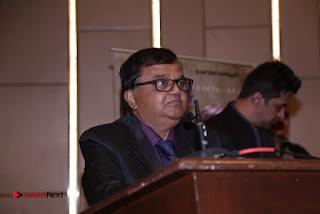 Kaadhalin Pon Veethiyil Bilingual Movie Launch Stills  0039.jpg