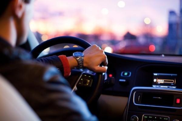 3 Tips Mematikan Mobil Biar Mesinnya Awet Terus