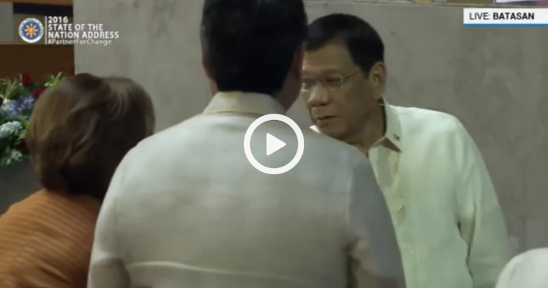 Duterte approached De Lima made her surprised