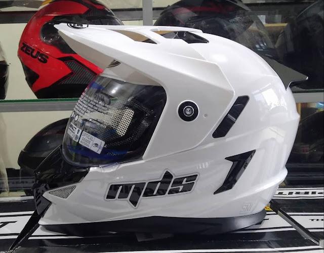 Spesifikasi dan Harga Helm MDS Super Pro (Supermoto) Terbaru