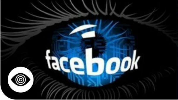 تقارير: فيسبوك تريد التجسس على مستخدميها عبر كاميرات هواتفهم الذكية