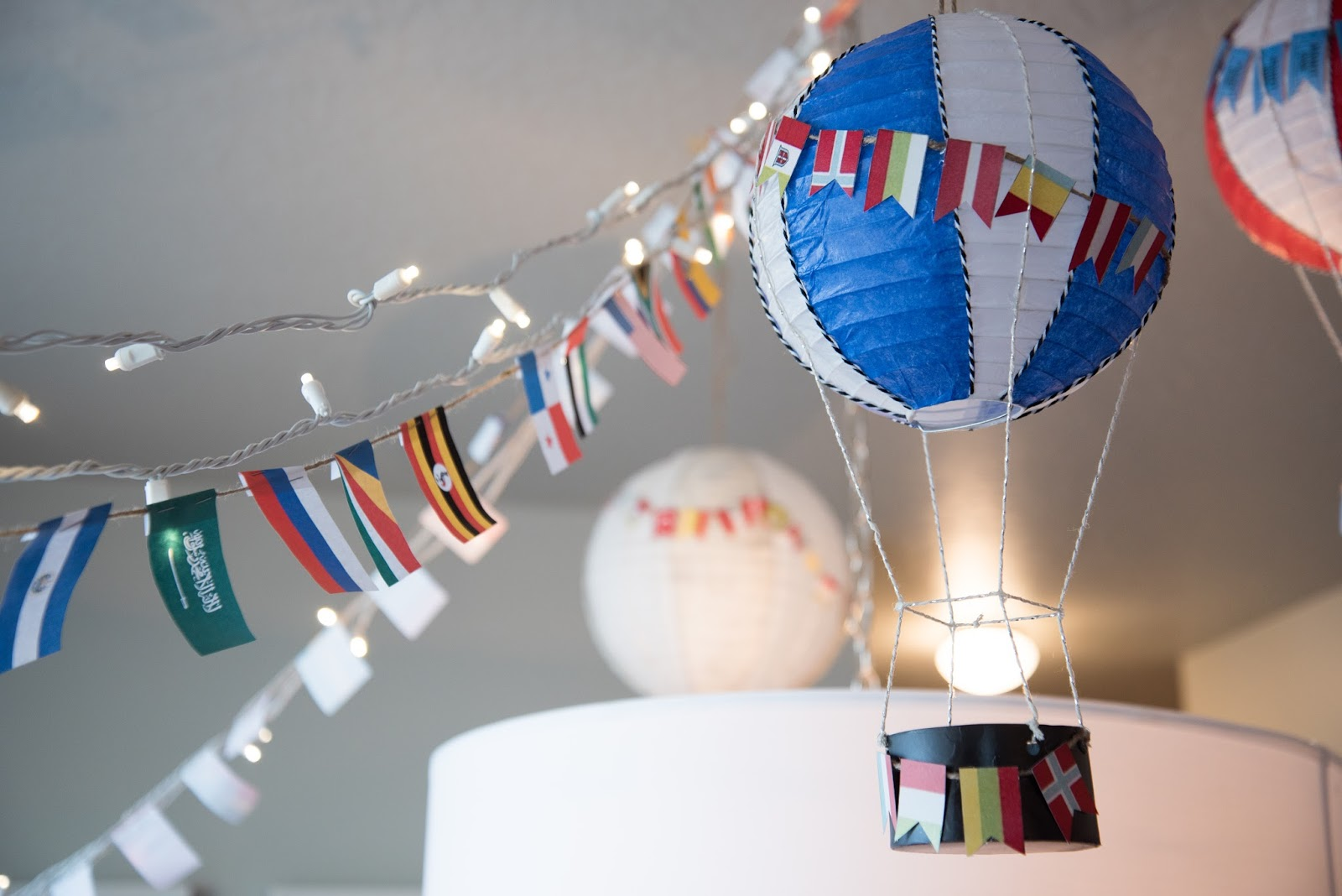 paper lantern hot air balloon tutorial