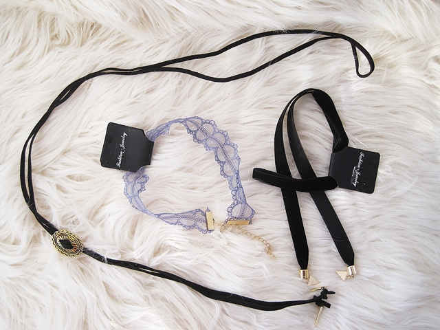 www.zaful.com/6-pcs-lace-star-moon-necklaces-p_257142.html?lkid=16350