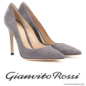 Queen Maxima wears GIANVITO ROSSI suede pumps