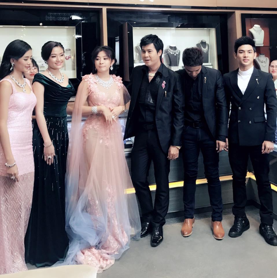 Nay Toe , Wut Mhone Shwe Yi , Htun Eaindra Bo In New Shwe Nan Daw Jewelry TVC shooting