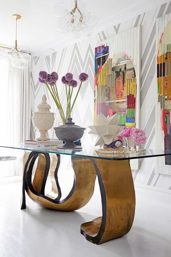 The Peak of Très Chic: New York Chelsea Townhome by ...