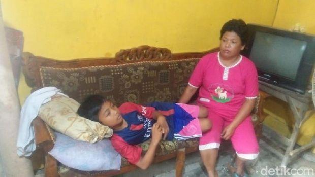 Seorang Pria Membagikan Es Susu Gratis, 25 Siswa SD di Jombang Keracunan