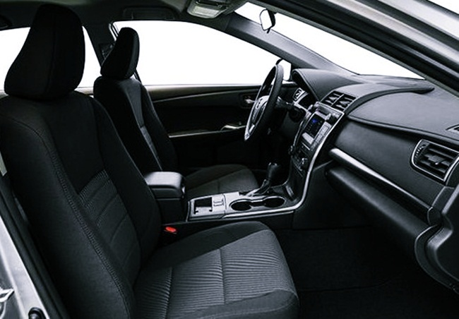2017 Toyota Camry Hybrid Le Specs Features And Price Interior
