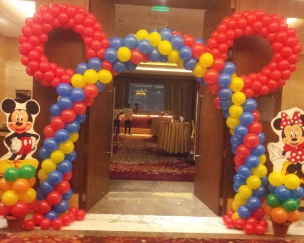 Disney theme party jaipur for Balloon decoration cars theme