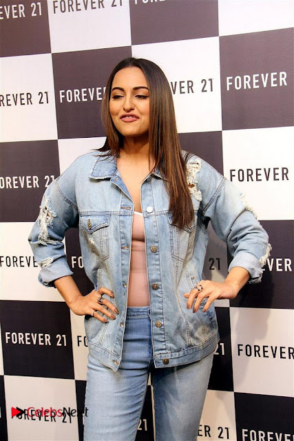 Actress Sonakshi Sinha Pos in Denim Jeans at Forever 21 Shop Launch at Express Avenue Mall  0006.jpg