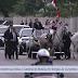 Cavalo se assusta durante cortejo de Bolsonaro