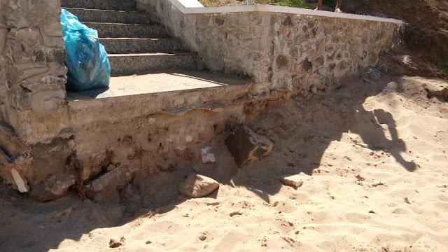 Banhistas da Praia da Paciência reclamam da qualidade da escada
