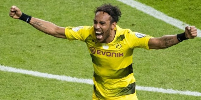 SBOBETASIA - Pelatih Dortmund Tak Risaukan Rumor Aubameyang