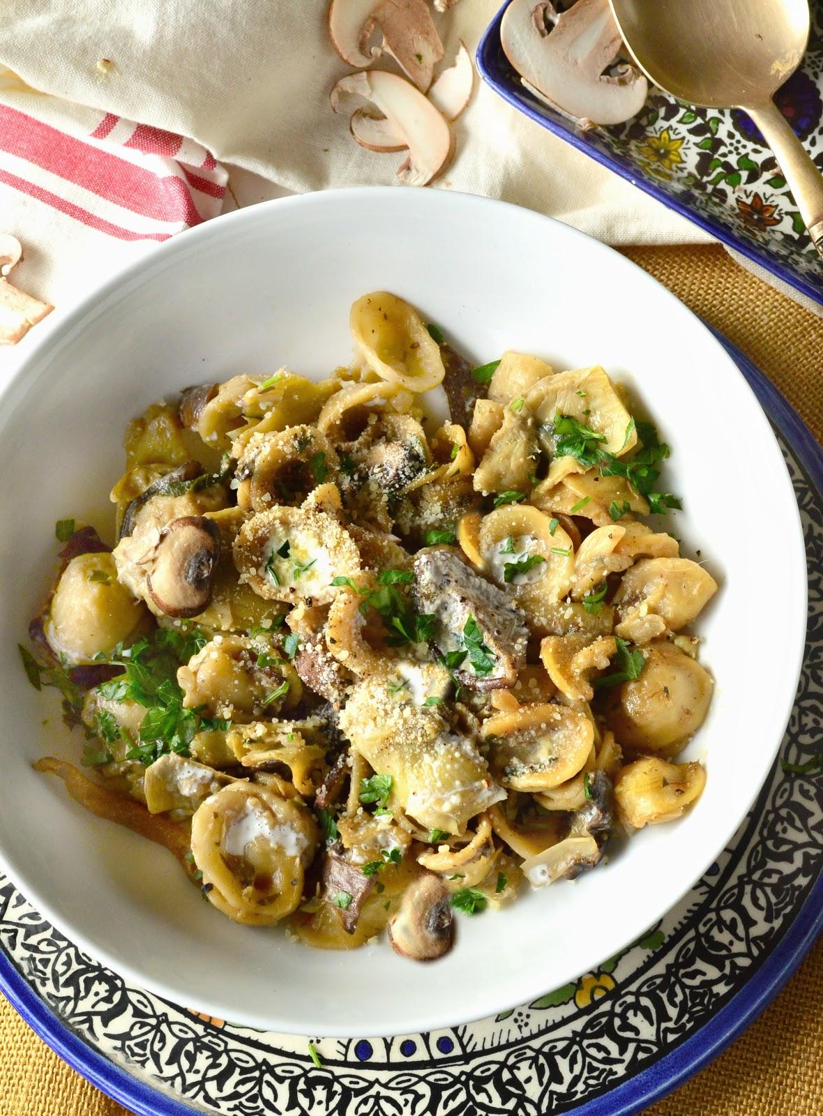pasta, artichokes, mushroom, bowl