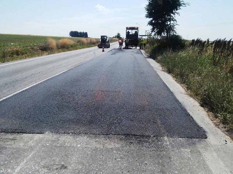Βελτιώνει και ασφαλτοστρώνει δρόμους στην Π.Ε. Τρικάλων η Περιφέρεια Θεσσαλίας