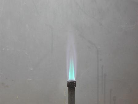 d024eca3d186 (Zona ossidante della fiamma quasi incolore)